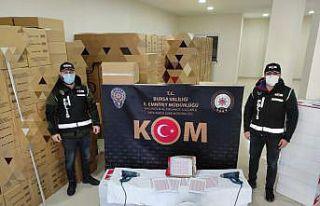 Bursa'da kaçak sigara operasyonunda 2 kişi...