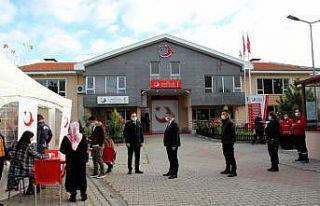 Edirne'de Türk Kızılaya kan bağışı seferberliği...