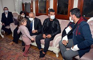 Kenan Sofuoğlu şehit polis memurunun evine ziyarette...