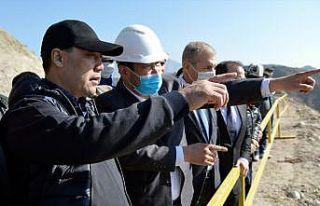 """Kırgız Başbakan'dan """" Eti Bakır"""" tesisine..."""