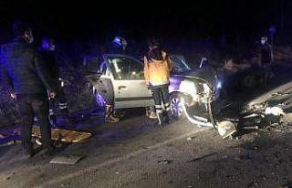 Kırklareli'nde 2 otomobil çarpıştı: 6 yaralı