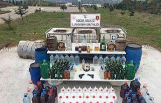 Kocaeli'de kaçak içki operasyonu: 3 gözaltı