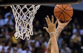 Basketbolda kadınlar ve erkeklerde bu sezon Türkiye...