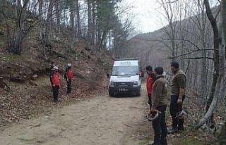 Bursa'da ormanlık alanda mahsur kalan kişi...