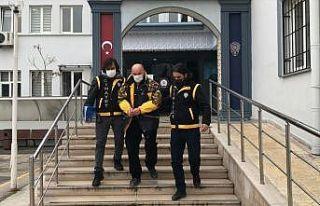 Bursa'da otomobilde tüfekle iki kişiyi vuran...