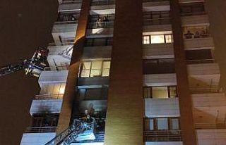 İstanbul'da bir binada çıkan yangın söndürüldü