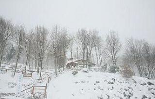 Kartepe'de kar kalınlığı 85 santimetreye...