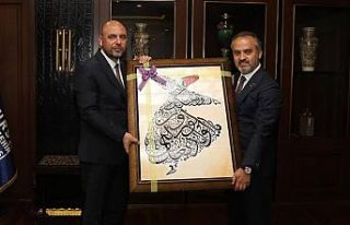 Orhangazi Belediye Başkanı Aydın'dan jet 'istifa'...
