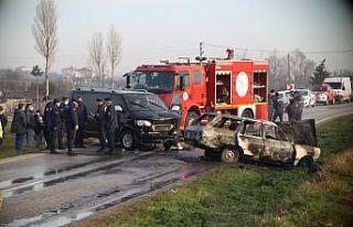 Tekirdağ'da otomobil ile minibüs çarpıştı:...