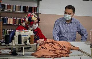 Babacan'dan maske üreten tekstil atölyesine ziyaret...