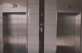 Bursa'da yük asansörünün düşmesi sonucu...