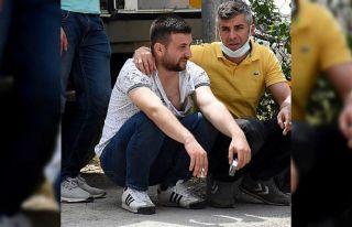 Bursa'da işçileri taşıyan servis aracı devrildi:...