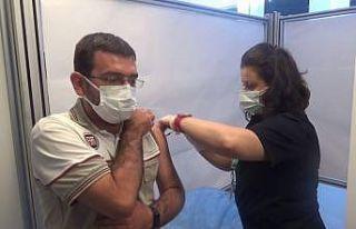 Bursa OSB'de çalışan 57 bin 860 kişi aşı...