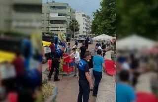 Bursa'da zabıta ekipleri esnafın sahili işgal...