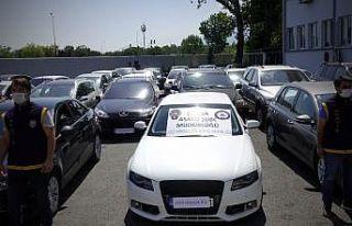 """Bursa merkezli 3 ilde """"change araç"""" operasyonunda..."""