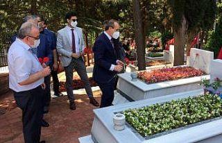 Kocaeli'de Kurban Bayramı arifesinde şehitlik...