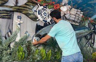 Denizlerde av yasağının kalkmasını balık satıcıları...