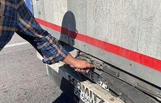 Edirne'de tır şoförleri şüphelilerin kaçak...