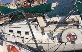 FETÖ üyesi 3 eski subay tekneyle Yunanistan'a...