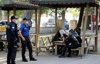 Kırklareli'nde 8 düzensiz göçmen yakalandı