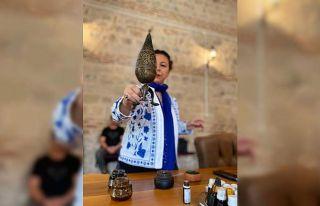 Koku uzmanı adayları son derslerini Osmanlı Şifahanesi'nde...
