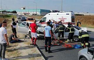 Tekirdağ'da iki otomobilin çarpışması sonucu...