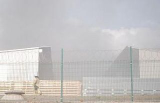 Tuzla'daki fabrika yangını kontrol altına...