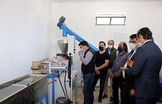 Edirne'de kurulan geri dönüşüm tesisinde...
