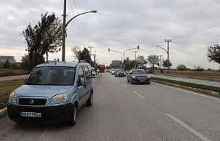 Edirne'de yaya geçidinde otomobilin çarptığı...