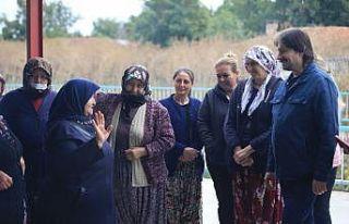 Kırklareli'nde köylü kadınlara