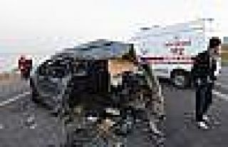 Ahlat'ta Trafik Kazası: 16 Yaralı