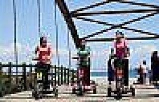 Antalya'da Deniz Sezonu Kadınlar Plajıyla Açıldı