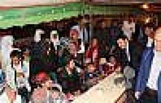 Bakan Soylu, şehit aileleri ziyaret edip söz verdi