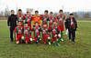 Bilecik U-15 Gençler Ligi Play-off Yarı Final Müsabakaları...