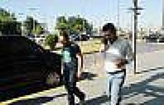 CHP Milletvekili Eren Erdem, uçaktan indirildiğini...