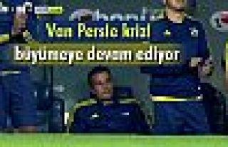 Fenerbahçe'de Van Persie krizi büyümeye devam ediyor