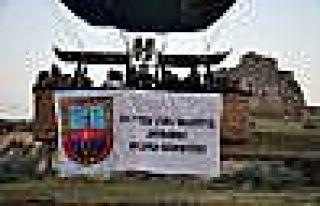Kapadokya'da Balonlar Jandarma İçin Havalandı