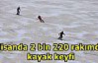 Nisanda 2 bin 220 rakımda kayak keyfi
