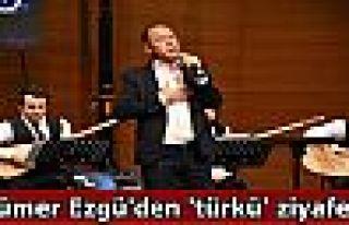 Sümer Ezgü'den 'türkü' ziyafeti