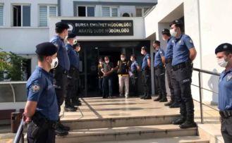 Bursa'da zeytinci cinayetinin 3 şüphelisi adliyeye sevk edildi