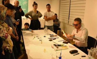 Viyana Yunus Emre Enstitüsünde cam üfleme atölyesi