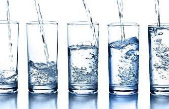 Aç Karnına Su İçildiğinde Başınıza Geleceklerden Haberiniz Var Mı?