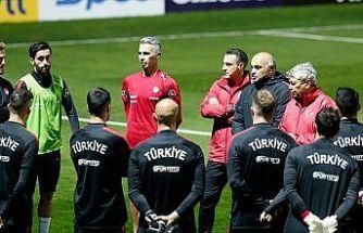 A Milli Futbol Takımı'nda mesai başladı