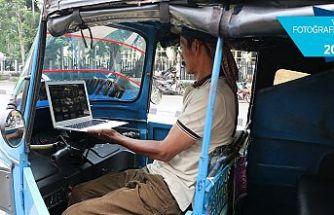 Endonezya'da 'Tuk Tuk' şoförlerinin tercihi 'Gazze'de Türk Bayrağı'