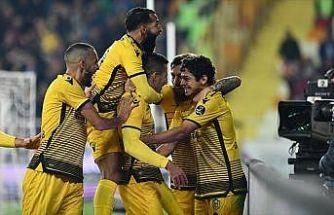 Evkur Yeni Malatyaspor doludizgin