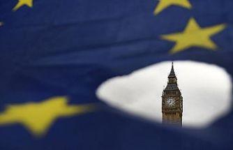 İngiltere'de Brexit oylaması öncesinde belirsizlik sürüyor