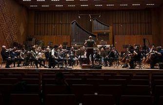 CSO 23 Nisan konseri verecek