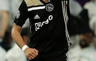 Ajax'tan Naci Ünüvar'a profesyonel sözleşme