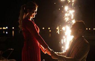 Evlilik Yıldönümü Sürprizi Nasıl Yapılır?