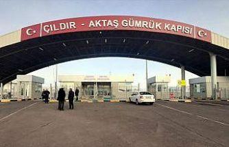 Çıldır-Aktaş Gümrük Kapısı'ndan 4 yılda 613 bin araç giriş yaptı